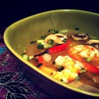 Bouillon citronné aux crevettes (Tom Yam Goong)